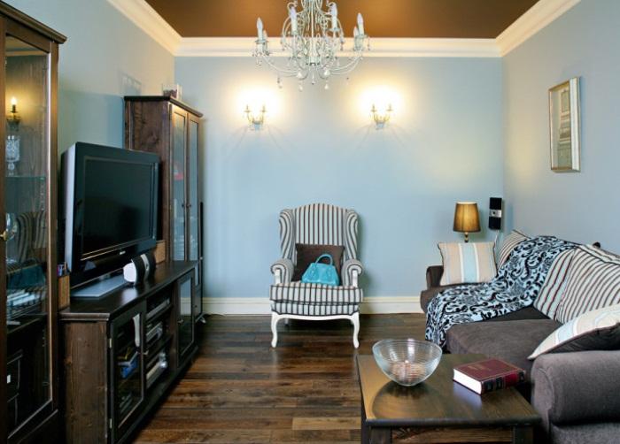 Темная мебель - решение для комнат с большой площадью.