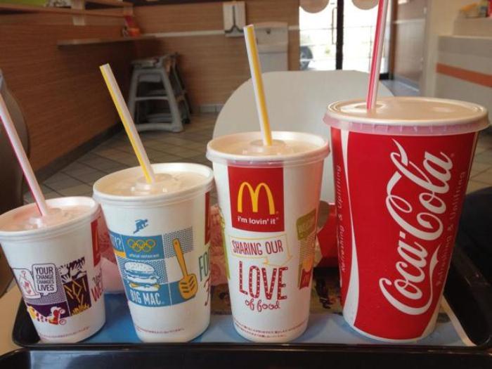 Различные порции в McDonald`s.