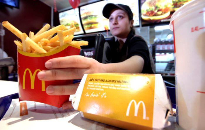 Мифы о McDonald`s: безопасно ли есть в ресторанах фастфуда?