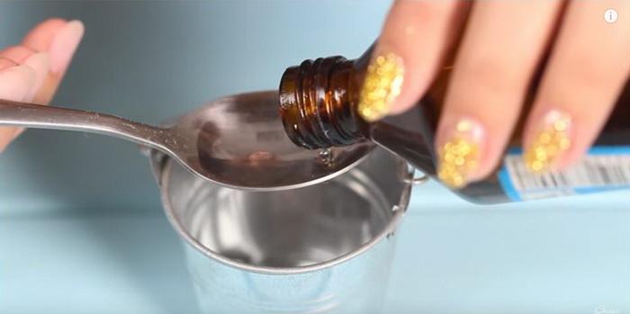 Перекись водорода для приготовления раствора.