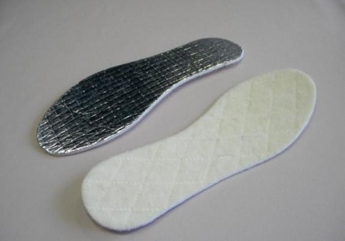 Стелька из фольги для обуви.