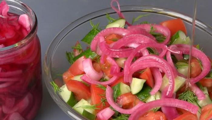 Маринованный лук для салата и шашлыка