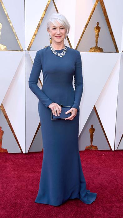 Хелен Миррен в синем платье от Reem Acra.