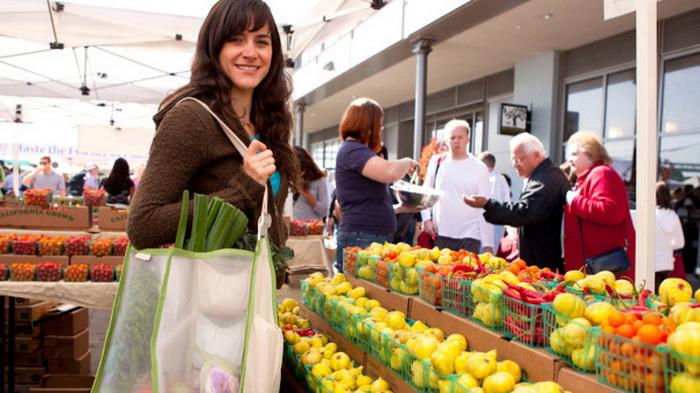 Используйте эко-сумку для продуктов.