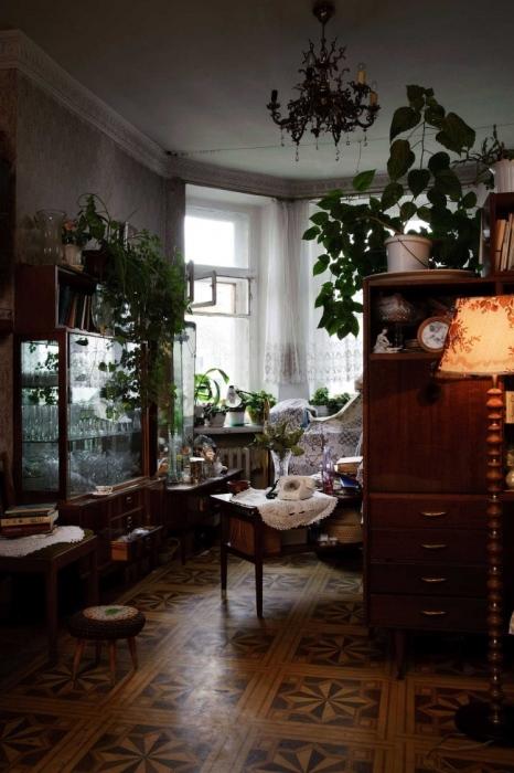 Советский интерьер в квартире Ксении Апель.