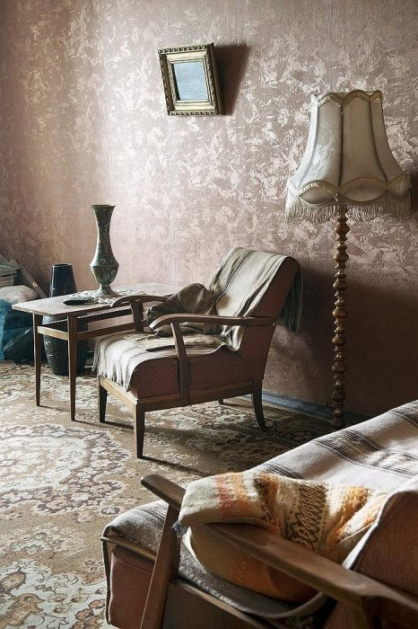 Комната Валентины Семеновой, в которой ничего не менялось с советских времен.