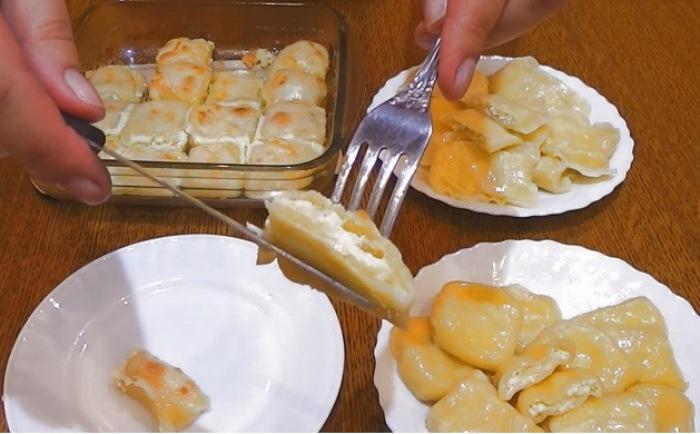Вареники можно отваривать в воде, готовить в мультиварке и пароварке, а также запекать в духовке.