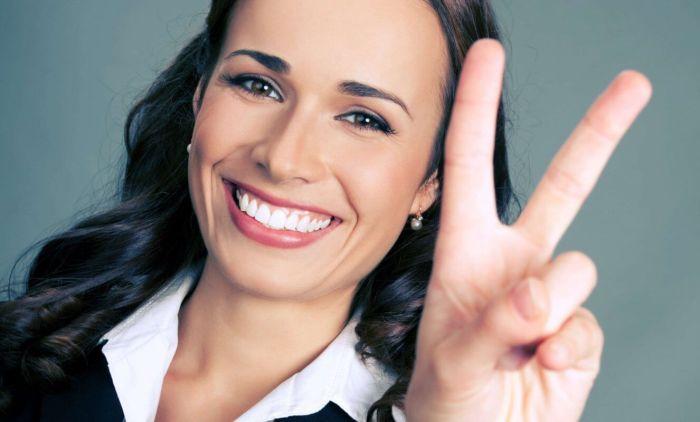 Безобидный жест, но не всегда. /Фото: magnitico.com