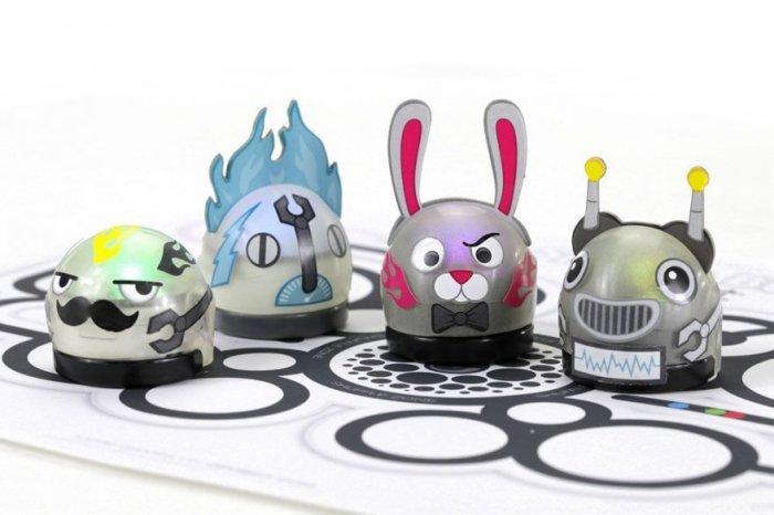 Маленький робот Ozobot на долгое время увлечет всю семью. /Фото: ixbt.com