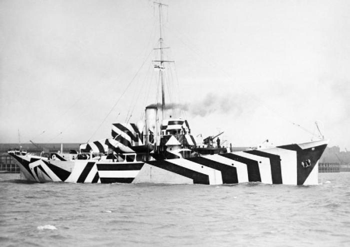 HMS Kildangan в «ослепляющем» камуфляже, Англия, 1918 г. /Фото: i.imgur.com