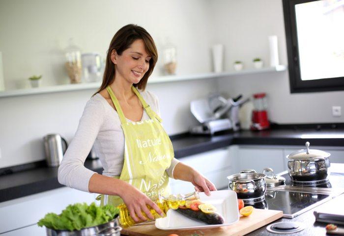 Прежде чем начать приступать к готовке, стоит привести в порядок рабочее место. /Фото: phwellness-wpengine.netdna-ssl.com