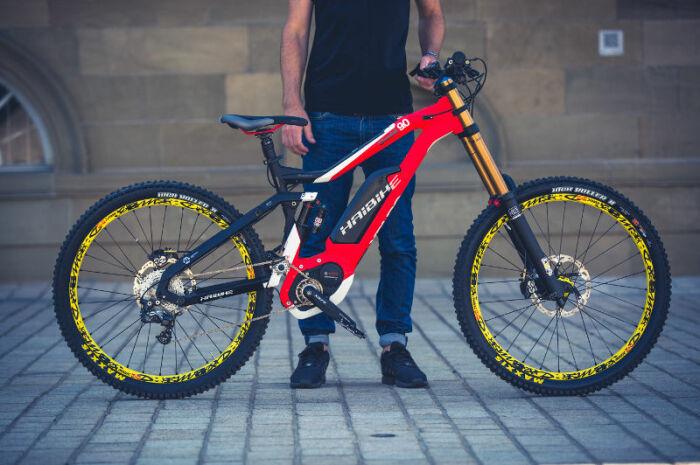 Крутой велосипед, на котором можно кататься где угодно. /Фото: elitebike.ua