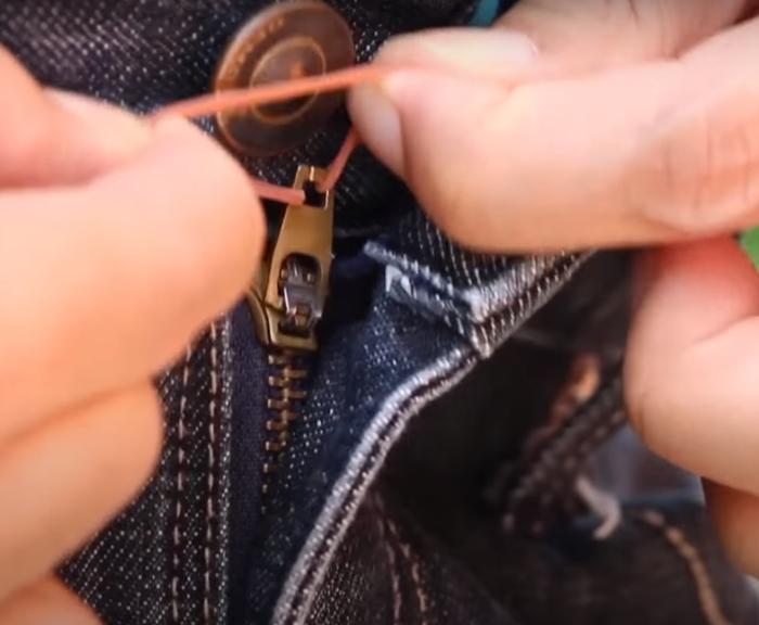 С таким лайфхаком точно не придется стесняться из-за неловкой ситуации. /Фото: youtube.com