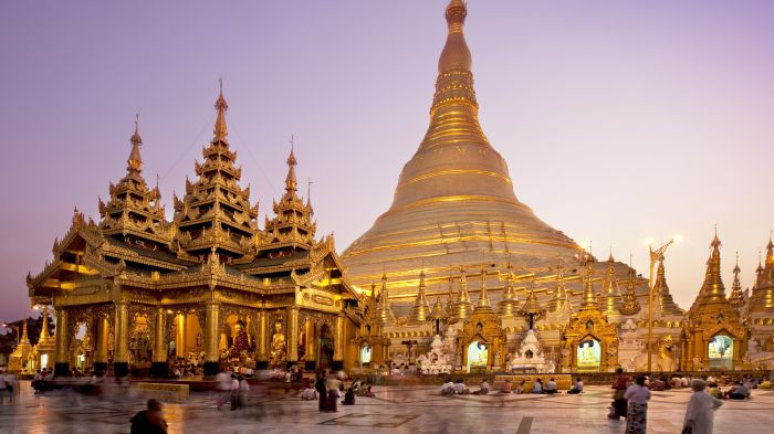 Пагоду Шведагон называют «Золотым сердцем» Мьянмы. /Фото: tripsavvy.com
