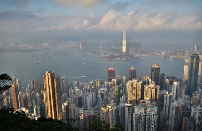 В Гонконге очень много небоскребов, даже больше чем в Нью-Йорке. /Фото: 3pulse.com