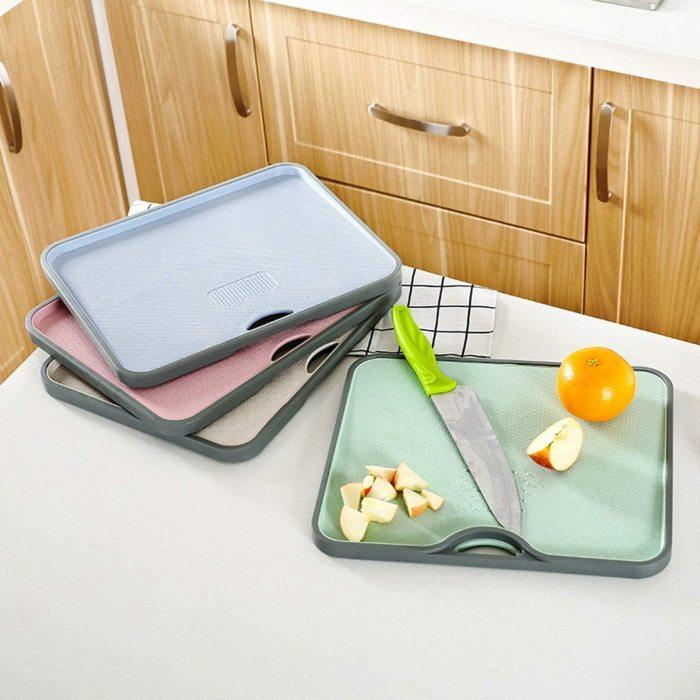 Стеклянные разделочные доски лучше использовать исключительно в декоративных целях. /Фото: images-na.ssl-images-amazon.com