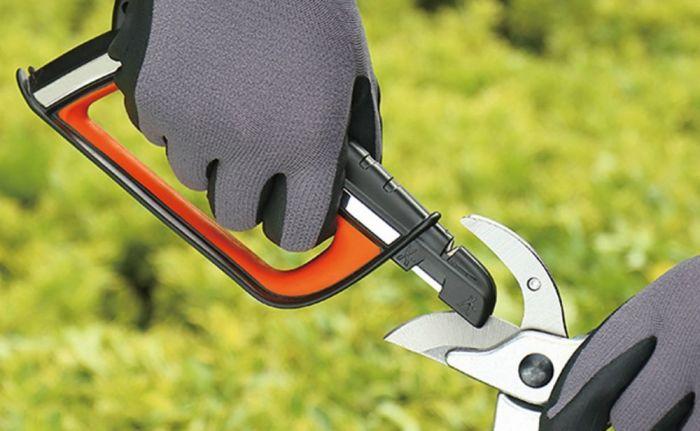 Полезное в хозяйстве изобретение, которое поможет решить проблему с заточной острых предметов. /Фото: i.pinimg.com