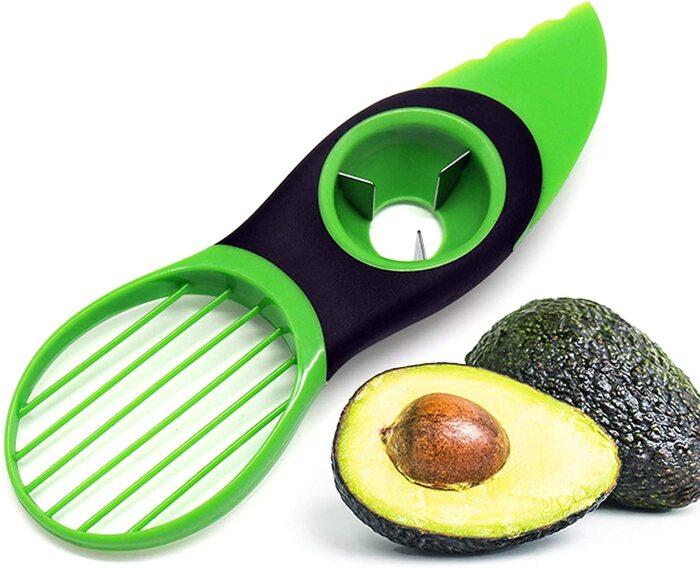 Авокадо любят многие, поэтому этот гаджет для кухни приобрел довольно широкую популярность. /Фото: images-na.ssl-images-amazon.com