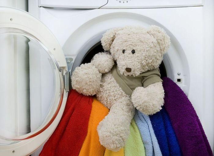 Обычная одежда и игрушки — не одно и то же. /Фото: i0.wp.com