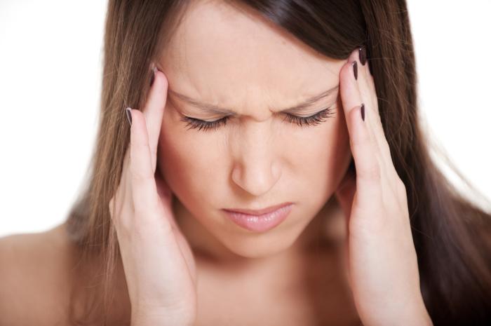 Головная боль может застигнуть врасплох, но есть проверенное средство. /Фото: blogellas.com