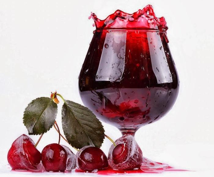 Вишневый сок весьма полезен для здоровья. /Фото: 1.bp.blogspot.com
