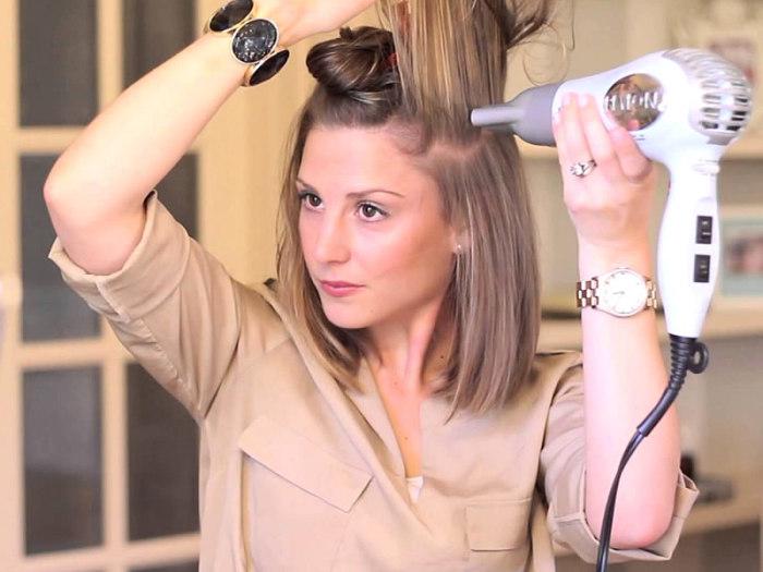 Зонирование волос — быстрый и действенный способ укладки. /Фото: kadinloji.com