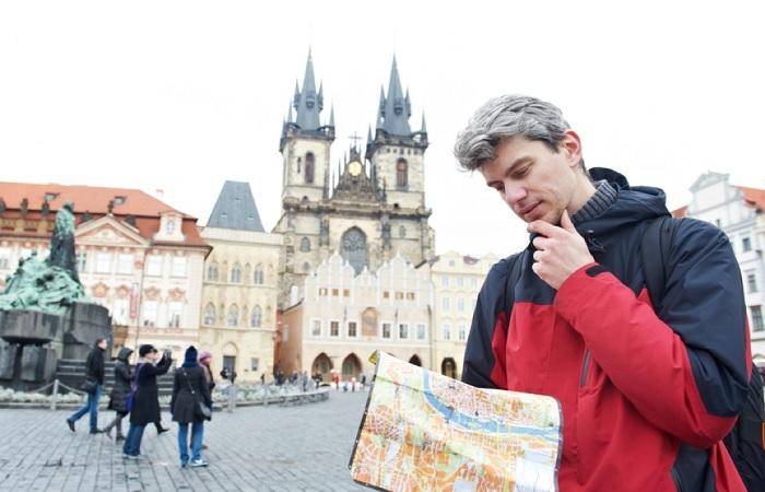 Даже в странах с низким уровнем преступности можно стать жертвой мошенников. /Фото: magistika.com