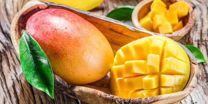Сладость манго объясняется высоким содержанием сахара, вредного для фигуры. /Фото: lifehacker.ru