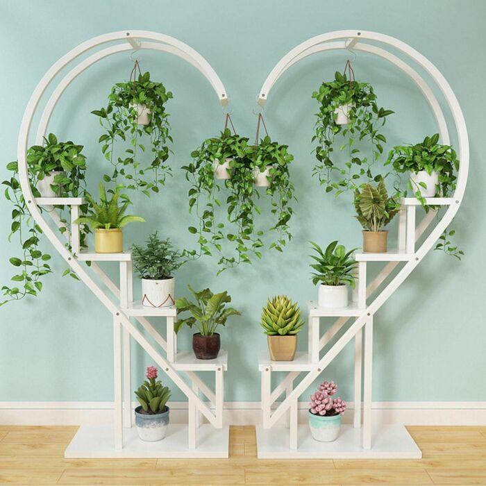 Красивая конструкция в романтическом стиле. /Фото: i.pinimg.com
