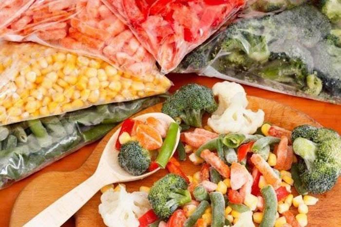 Никогда не помешает хранить немного сезонных овощей и фруктов про запас. /Фото: agrarii.com