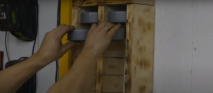 Стильный, простой и очень удобный органайзер для мелочей своими руками. /Фото: youtube.com/watch?v=BOWJ2wA2-M0