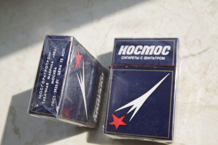Сигареты «Космос» в фантазиях советских людей могли подарить им безбедную старость. /Фото: pics.meshok.net