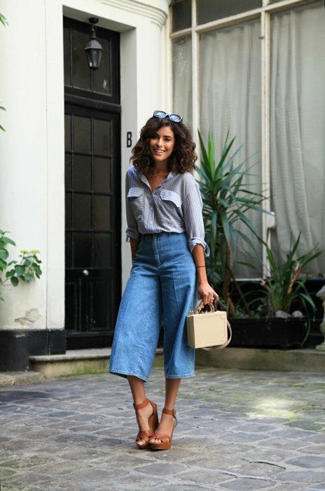 Классические кюлоты и шелковая блуза-рубашка — достойный наряд для деловой встречи. /Фото: ladypassion.ru