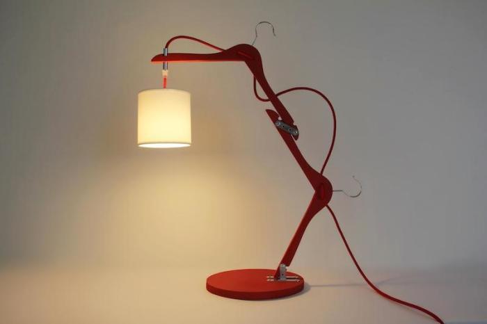 Дизайнерская лампа своими руками. /Фото: m1.paperblog.com