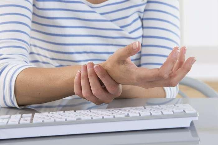 Особый набор глиальных клеток помогает нам почувствовать боль. /Фото: bennulife.com