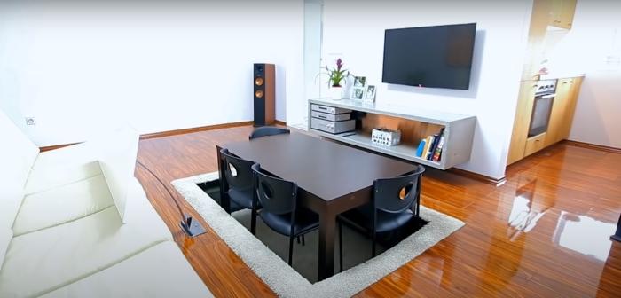 Оригинальный прием для экономии пространства. /Фото: youtube.com/watch?v=JSQ1_99NIEY