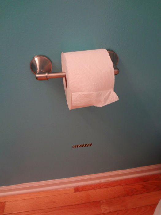 Эффективное решение проблемы быстрого расхода туалетной бумаги. /Фото: i.pinimg.com