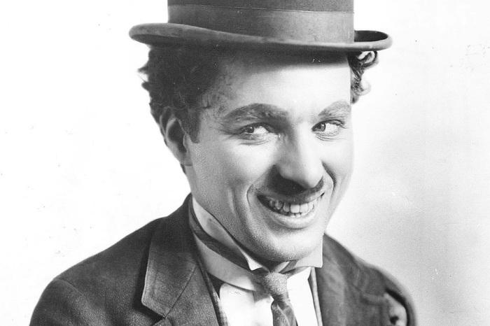Чарли Чаплин навсегда сохранился в сердцах любителей немого кино. /Фото: s14.stc.all.kpcdn.net