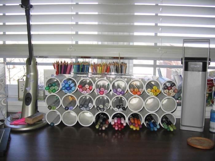 Самое популярное использование обрезков труб – хранение мелочей. /Фото: homebnc.com
