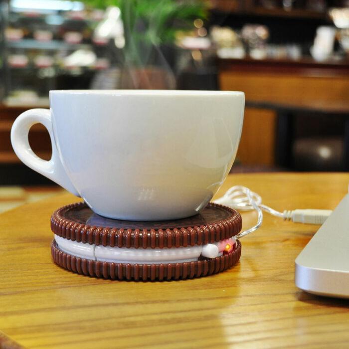 Подставка с подогревом сохранит напиток горячим. /Фото: s1.thcdn.com