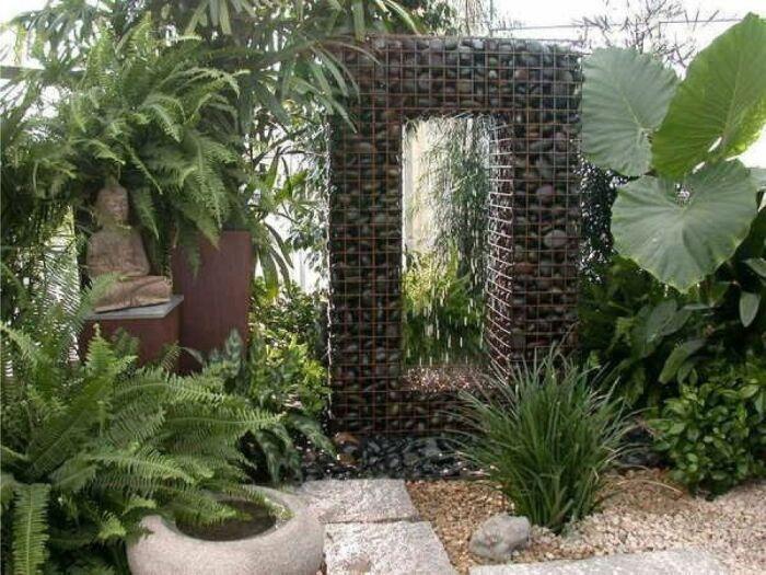 Каменная арка из габионов прямоугольной формы. /Фото: i.pinimg.com