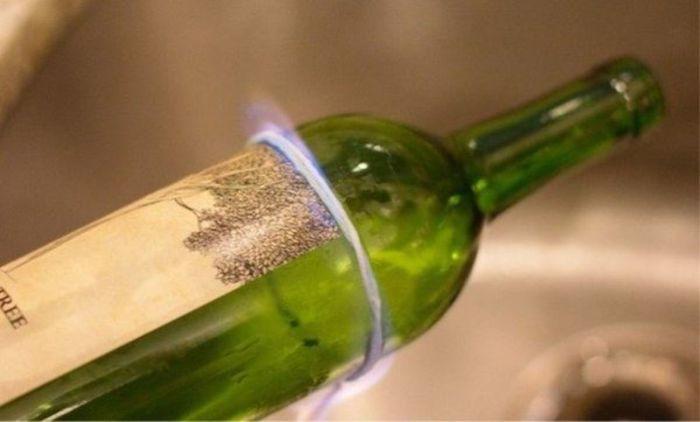 Процесс обрезания бутылки в домашних условиях. /Фото: kaksekonomit.com