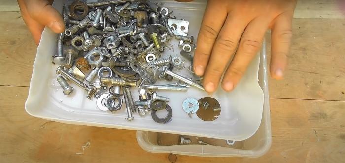 Эффективное решение для несложной, но утомительной задачи. /Фото: youtube.com/watch?v=56iZS0kdDi8