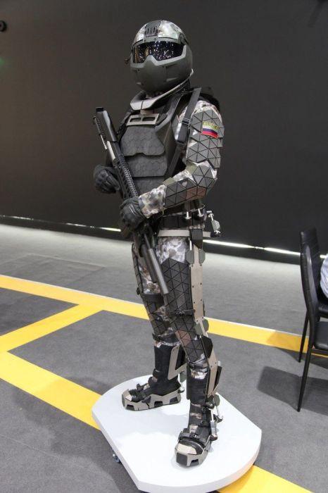 За счет этого костюма планируется повысить коэффициент выживаемости и эффективности. /Фото: i.pinimg.com