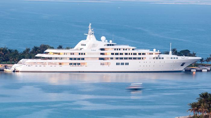 Яхта Dubai блистает красотой и роскошью. /Фото: robbreportedit.files.wordpress.com