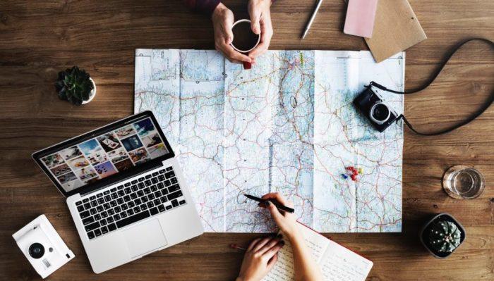 Путешествие может быть напряженным даже для самого открытого человека. Облегчить его поможет правильная подготовка. /Фото: 4nomadz.com
