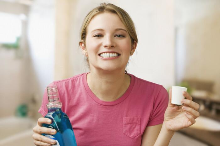 Универсальное средство, которое помогает и в борьбе за красивые, здоровые зубы и десна, а также волосы. /Фото: elexpres.com