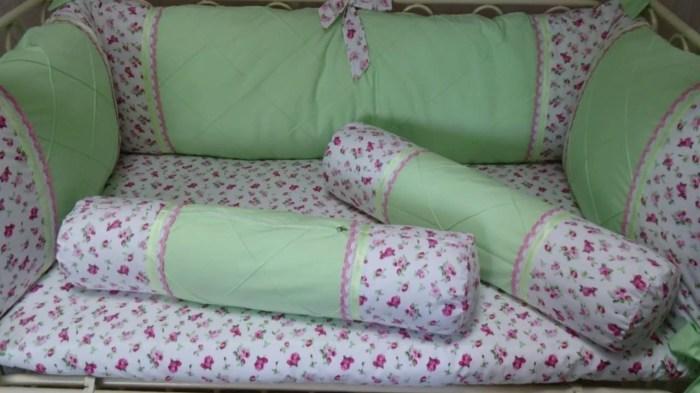Мягкие бортики на кровати точно не дадут ребенку упасть. /Фото: i.ytimg.com