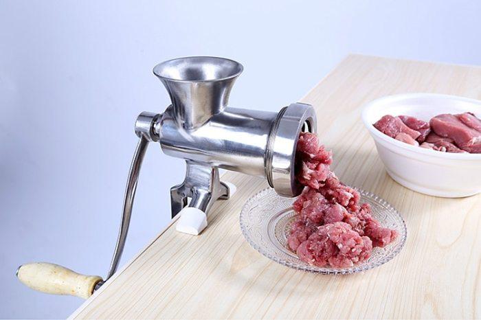 Относитесь к кухонной мебели бережно, и она прослужит вам долгие годы. /Фото: ae01.alicdn.com