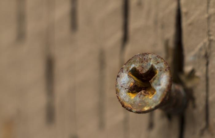 Справиться с ржавчиной поможет небольшая хитрость. /Фото: nacrux.com